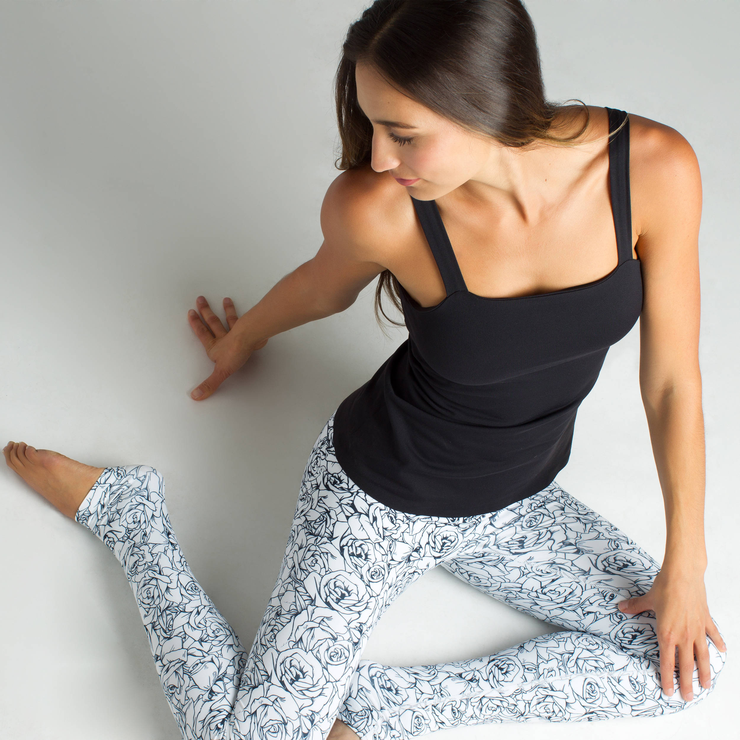 Grace Yoga Tight in Etched Floral