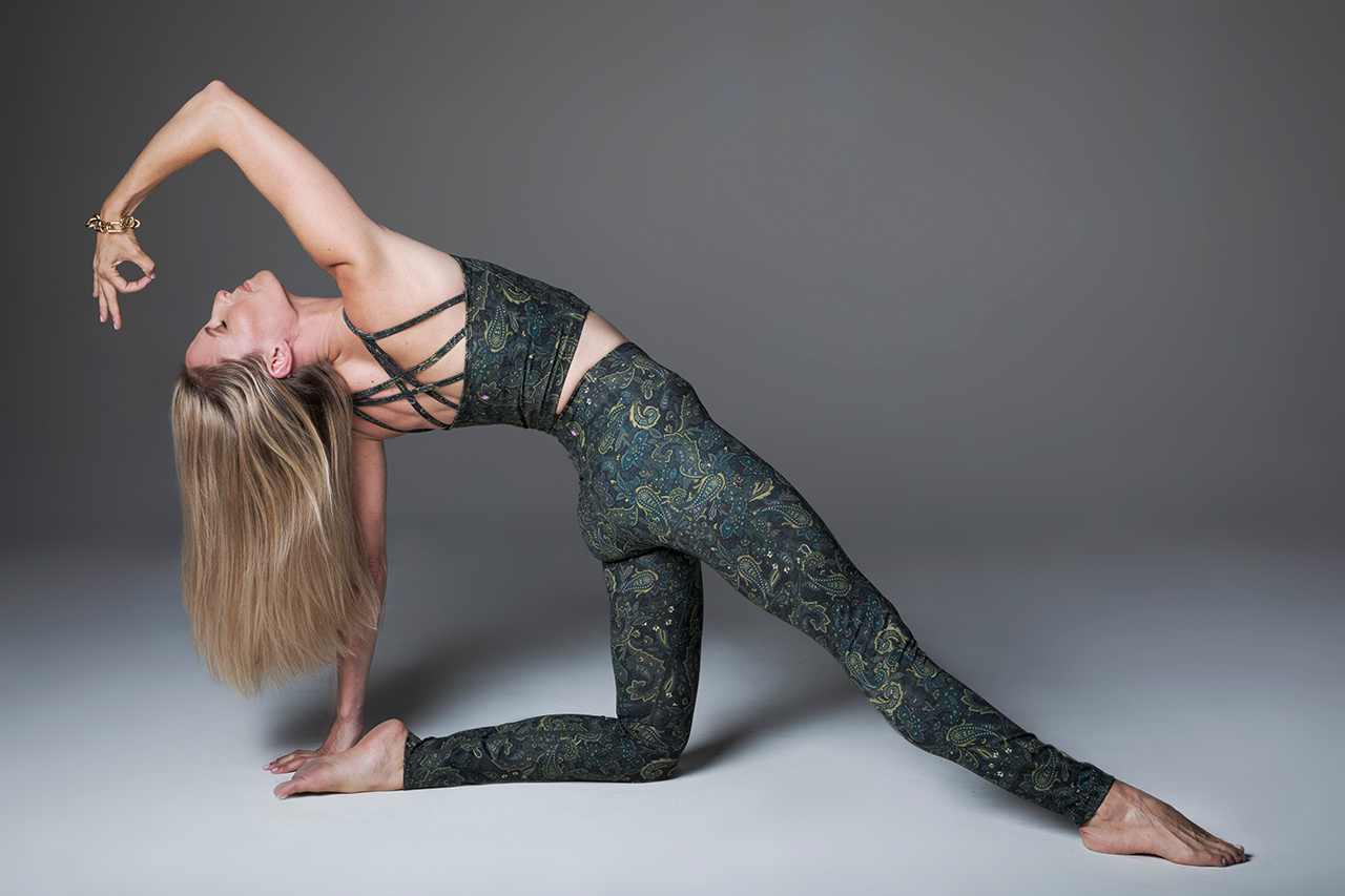 Grace Ultra High Waist Yoga Legging (Olive Paisley)