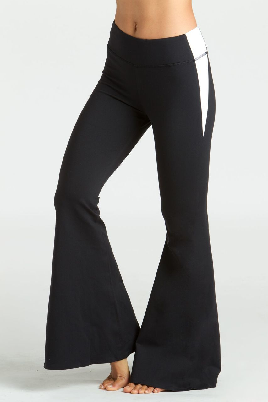 9cecac16320d5 KiraGrace Grace Flare Yoga Pant in black and white