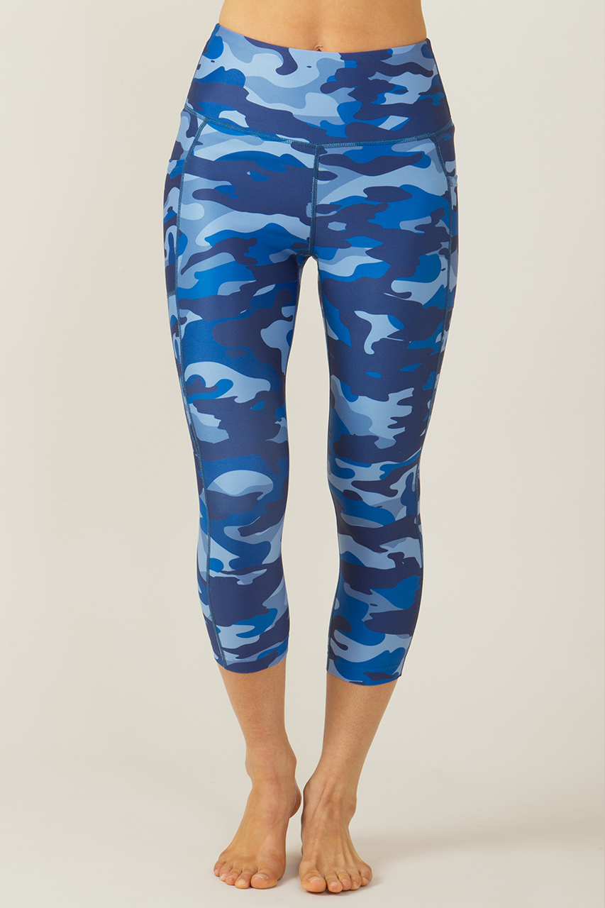 HIIT Workout Gear: Ultra High Waist Pocket Yoga Capri in blue camo