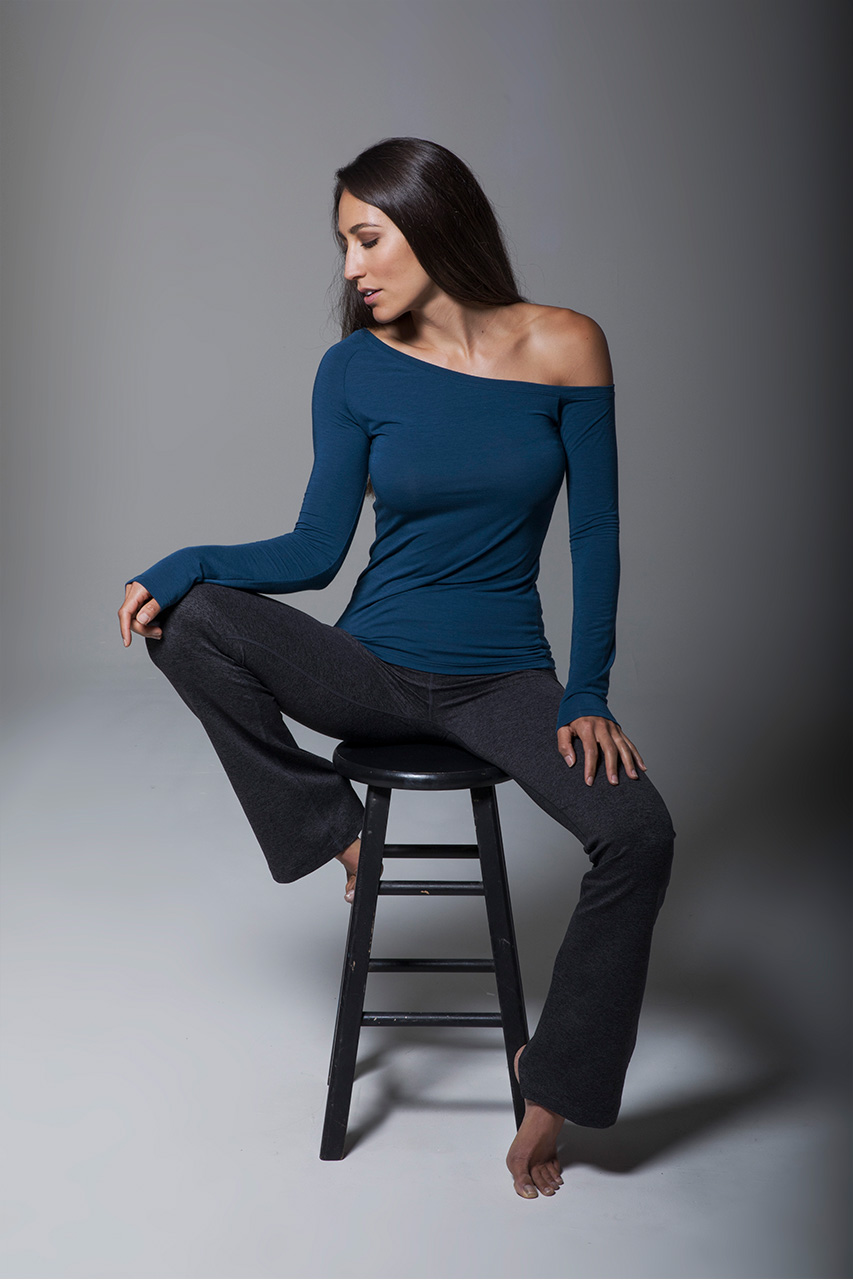 Off The Shoulder Yoga Top (Blue Abyss)